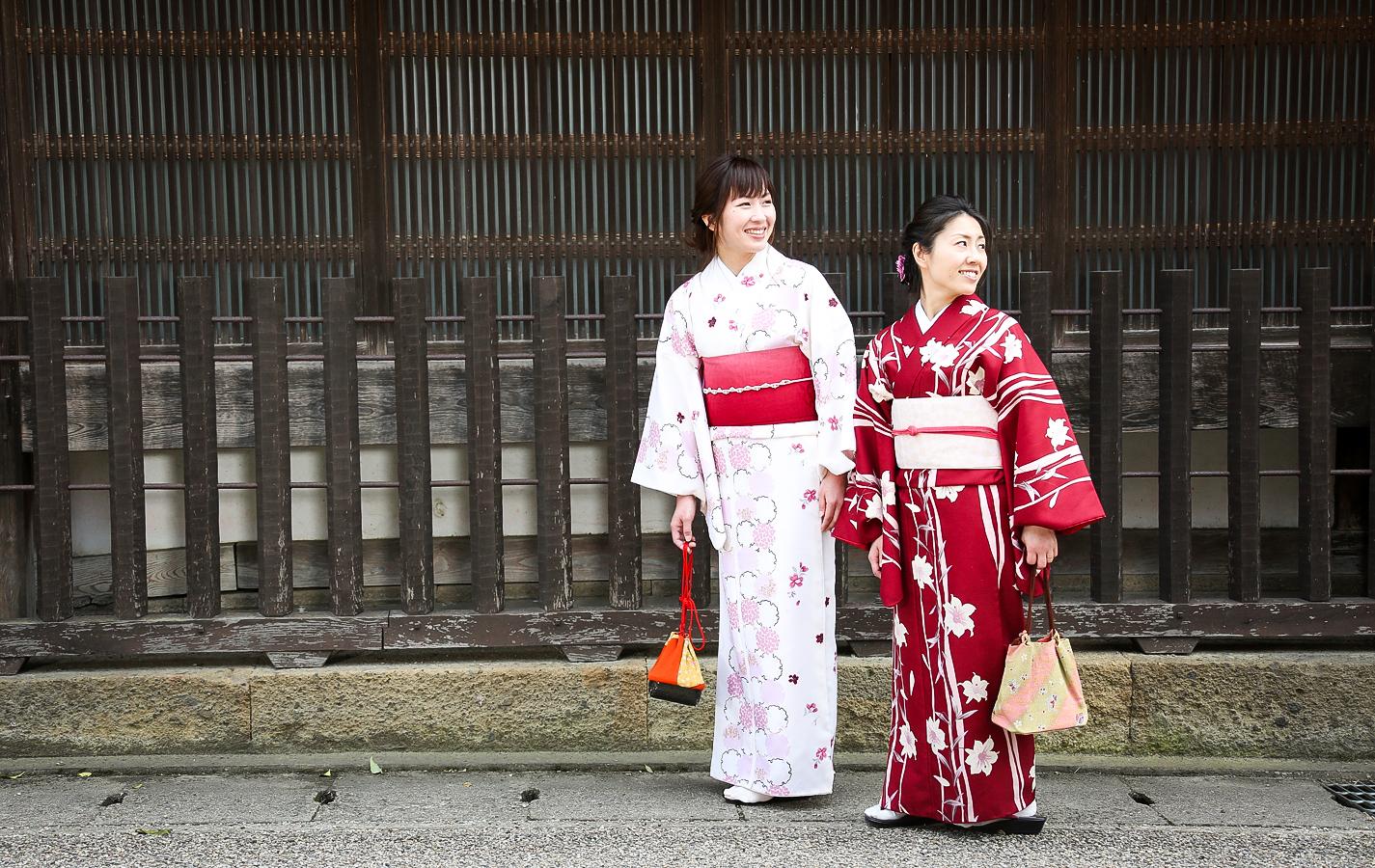 400年の歴史を感じるタイムトリップ!着物で体験!城下町レトロツアー