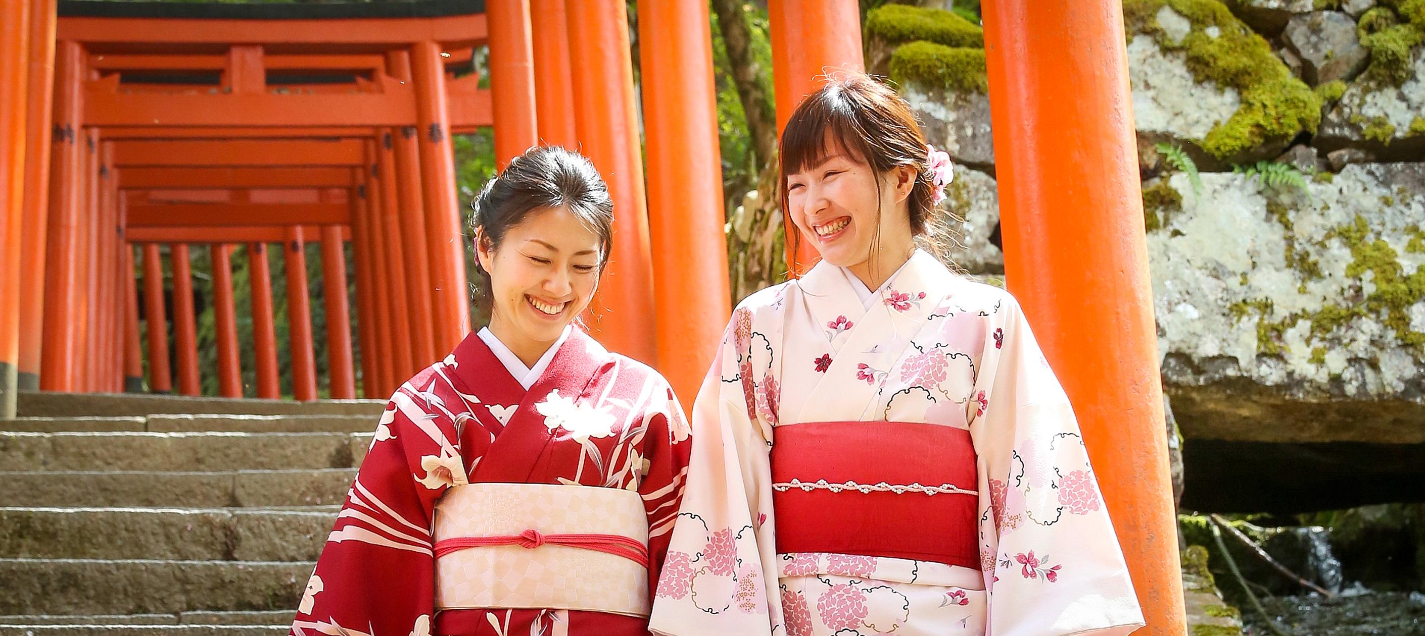 400年の歴史を感じるタイムトリップ 着物で体験!城下町レトロツアー