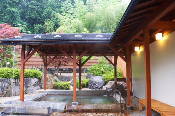 温楽の森 露天風呂